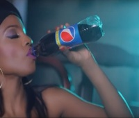 Seyi Shay Ft Olamide - Pack and Go (Music Video)