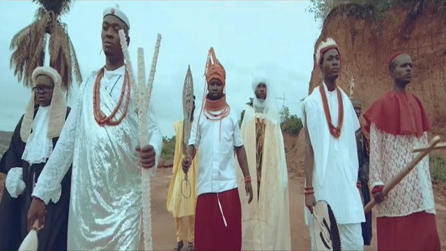 VIDEO 2Baba - Holy Holy (Official Video)