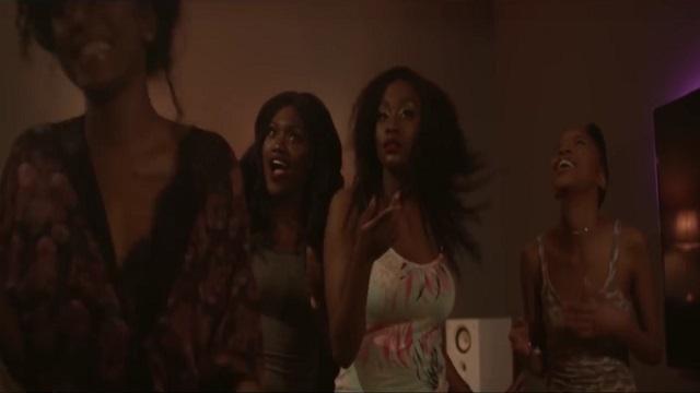 VIDEO Mr Eazi ft Tekno, BkChatLDN & More - Short Skirt (Official Video)
