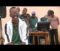 Be Inspired Meet DJ Roto The South African 2-Finger DJ!