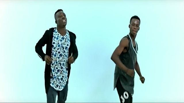 VIDEO Dj Arafat - Kpadoompo (Official Dance Video)